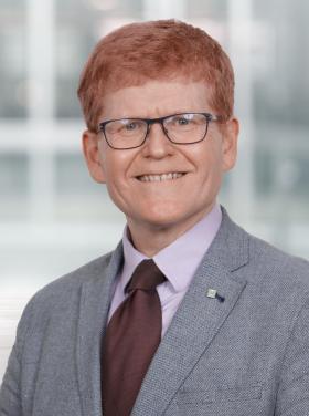 Eric Sutherland - Directeur exécutif, Stratégie de gouvernance des données
