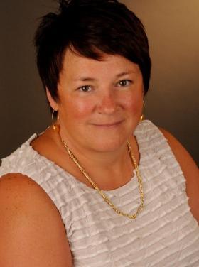 Ms. Sylvie Vézina  - Directrice de la gestion intégrée de l'information et de la performance , ministère de la Santé et des Services sociaux du Québec (MSSS)
